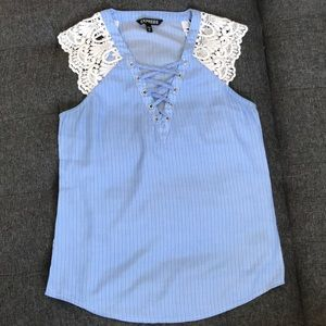 Express sleeveless blouse with lace details